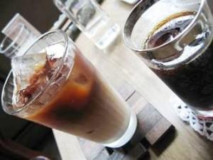 珈琲舎・書肆アラビク のアイスコーヒー